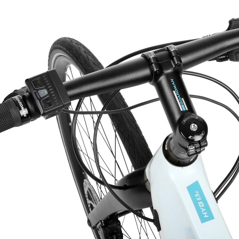 Boardman HYB 8.9 E Women's Hybrid Bike - Close-up of Handleb