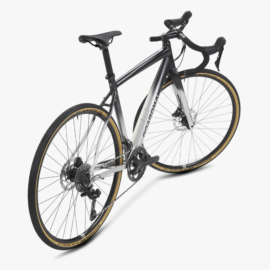 Boardman ADV 8.9 Gravel Bike Oblique Angle